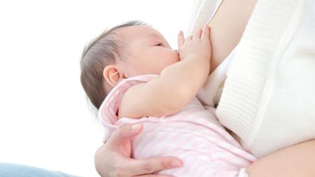 授乳の前後や機嫌の悪いときは避ける