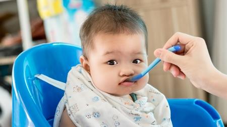 赤ちゃんの水分補給の量とやり方について