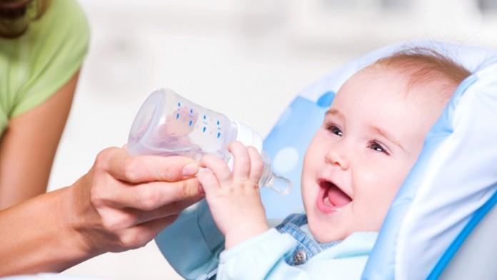 赤ちゃんに白湯は飲ませていいの?悪いの?