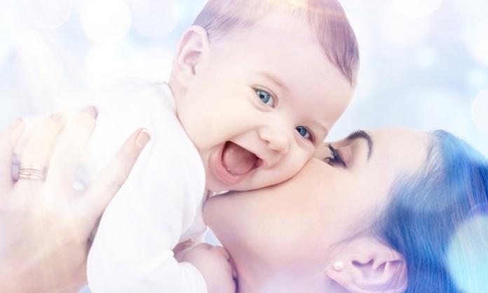 赤ちゃん笑うこと(笑顔)について知っておきたいこと