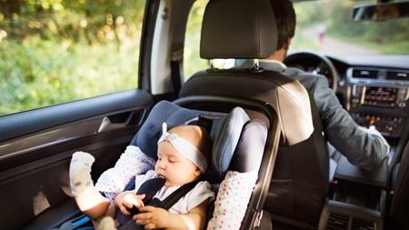 お父さんや他の人に運転してもらうことも考える