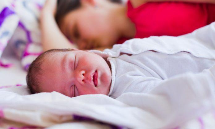 授乳疲れで母乳負担を軽減したいときに知っておきたいこと
