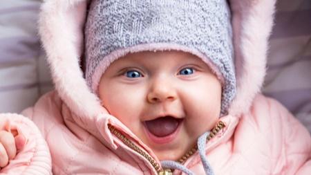 季節に応じた赤ちゃんの服装