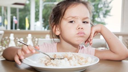 1歳7ヶ月 離乳食 食べない 体重増えない