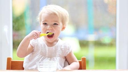1歳9ヶ月 離乳食 食べない 体重増えない